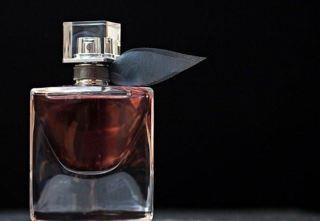 parfém, dárek