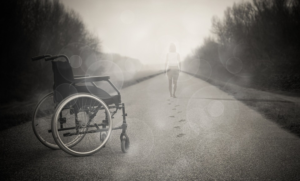 Jaké výhody nabízí invalidní vozík skládací
